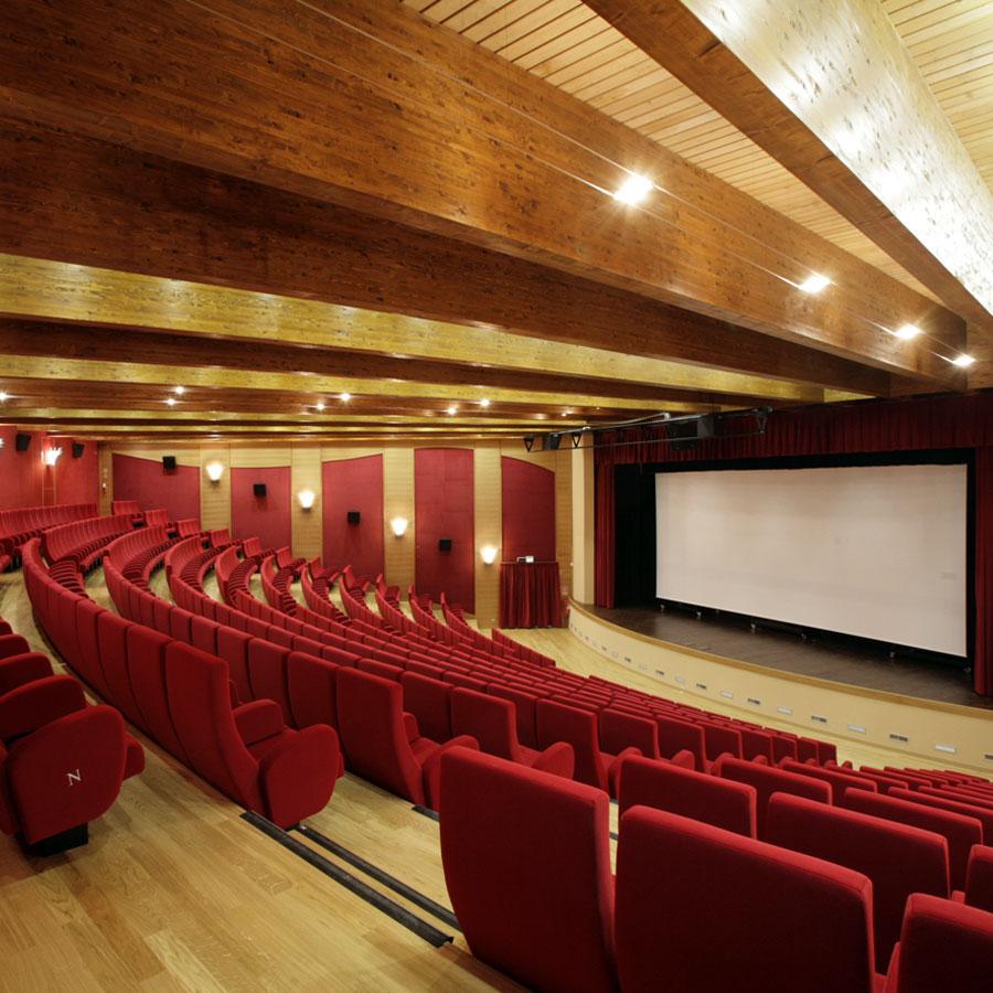 aet-multimedia-impianti-multimediali-arredi-teatri-auditorium-home-theater-domotica-trento-portfolio-